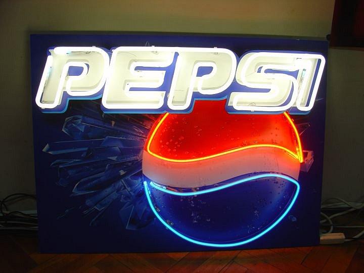 neon-svetets-reklama-svetesta-kutia-tabela-neonova-tabela-17.jpg