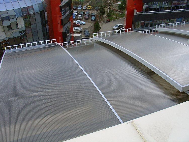 naves-kozirka-tenta-terasa-balkoni-vhod-6.jpg