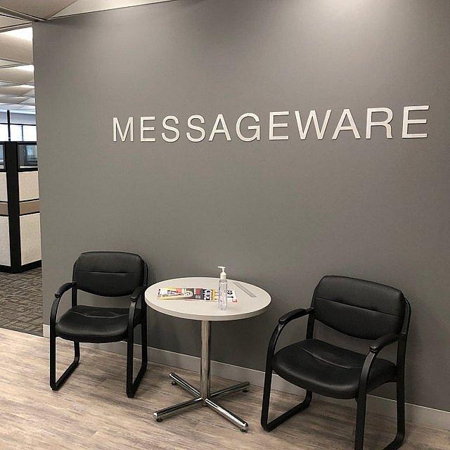 Метални букви MASSAGEWARE