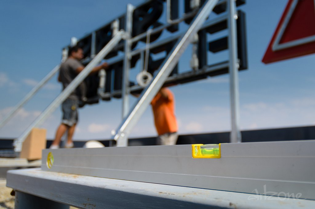 Roof-LED-pokriv-reklama-konstruktciya-Construction-potcinkovane-7.jpg