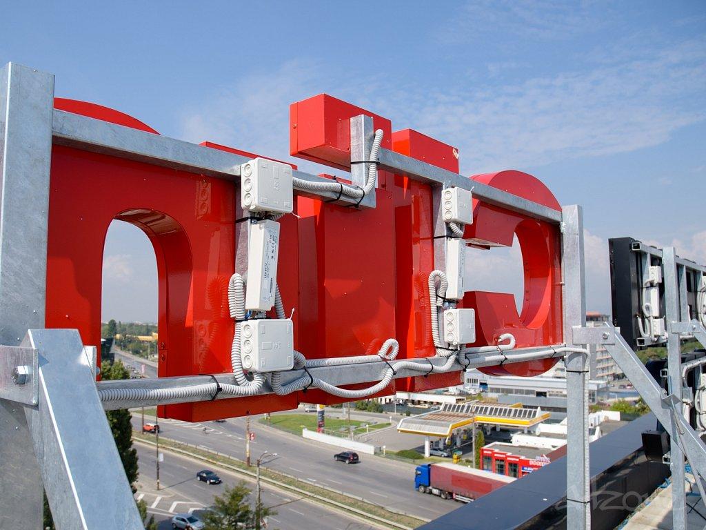 Roof-LED-pokriv-reklama-konstruktciya-Construction-potcinkovane-14.jpg
