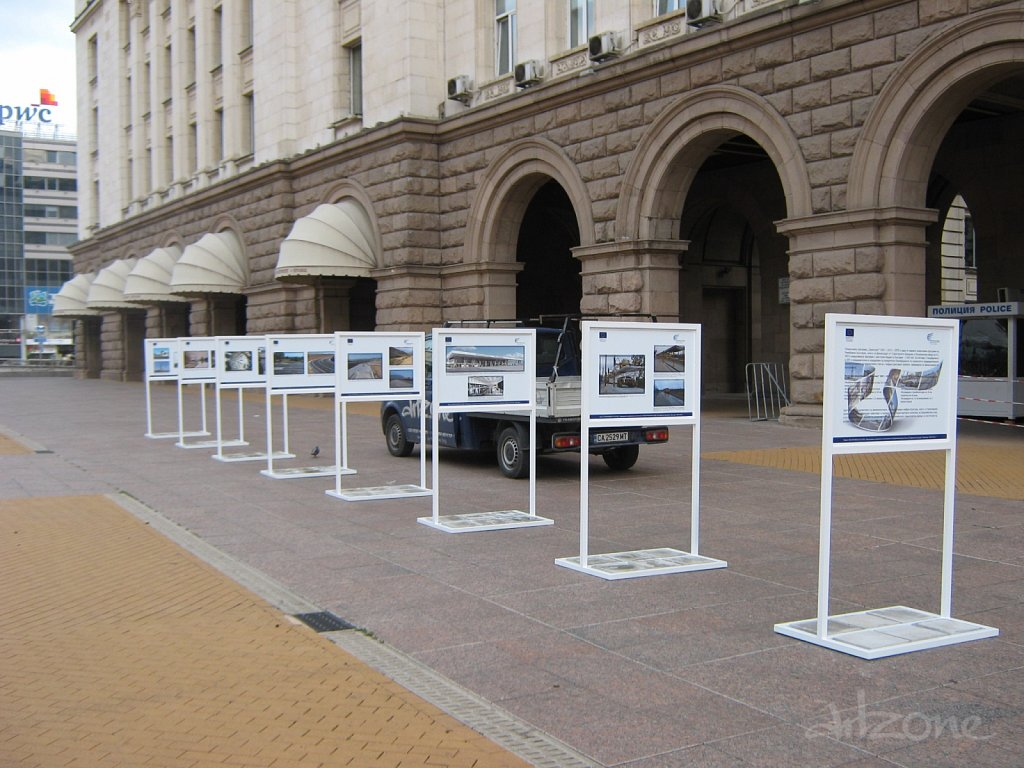 pod-naem-stoika-izlojba-stender-photo-exibition.JPG