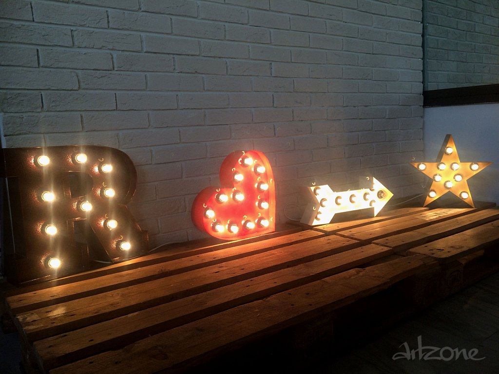 heart-arrow-star-letter-marquee-light-up-sign.jpg