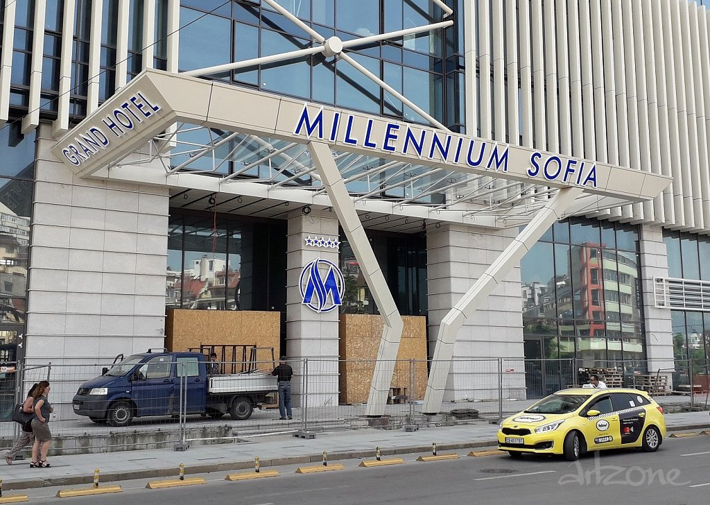 Светещи букви за хотел GRAND HOTEL MILLENNIUM SOFIA