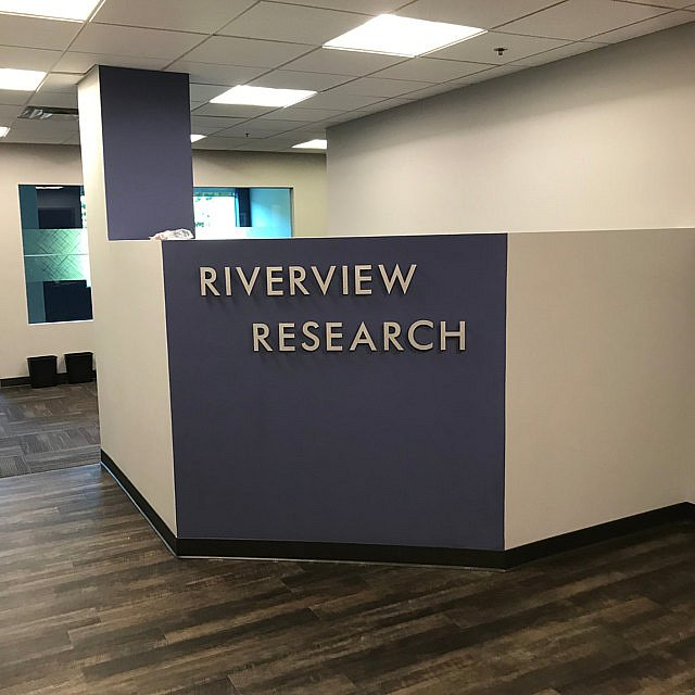 Метални букви RIVERVIEW RESEARCH