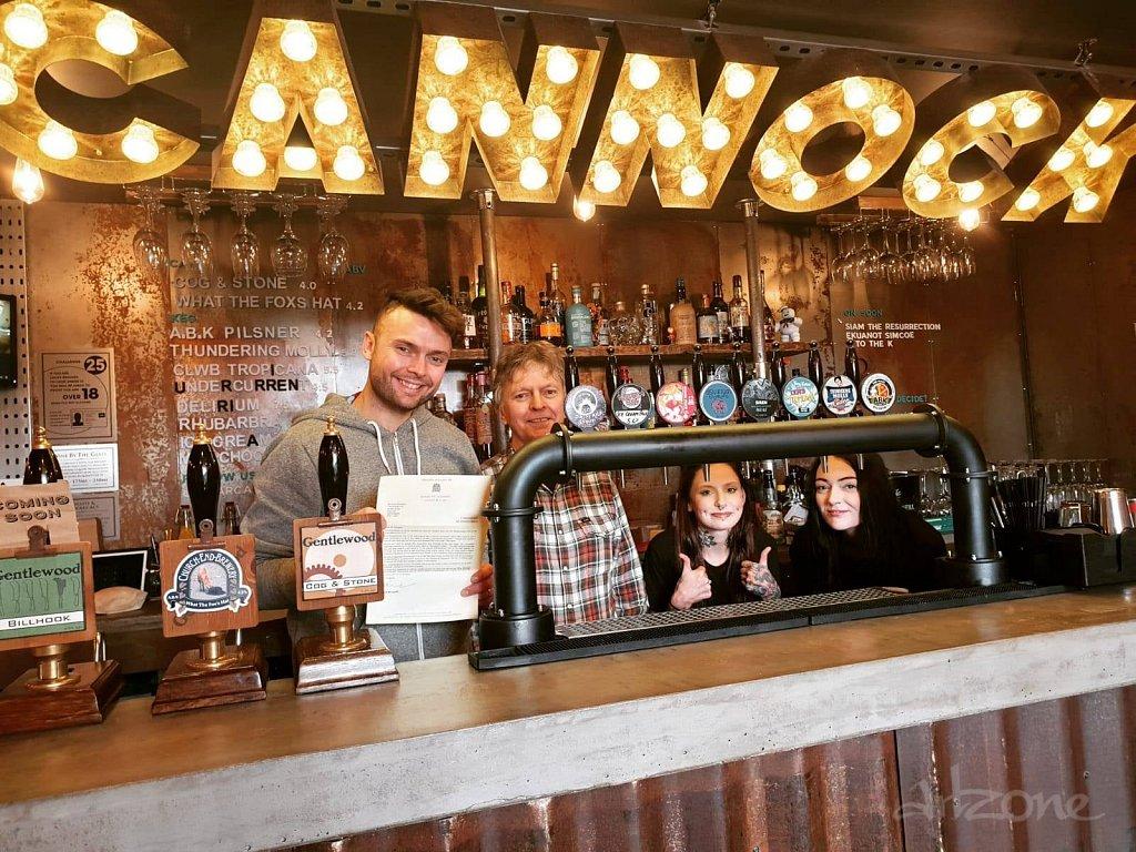 Светещи букви CANNOCK за един бар в UK