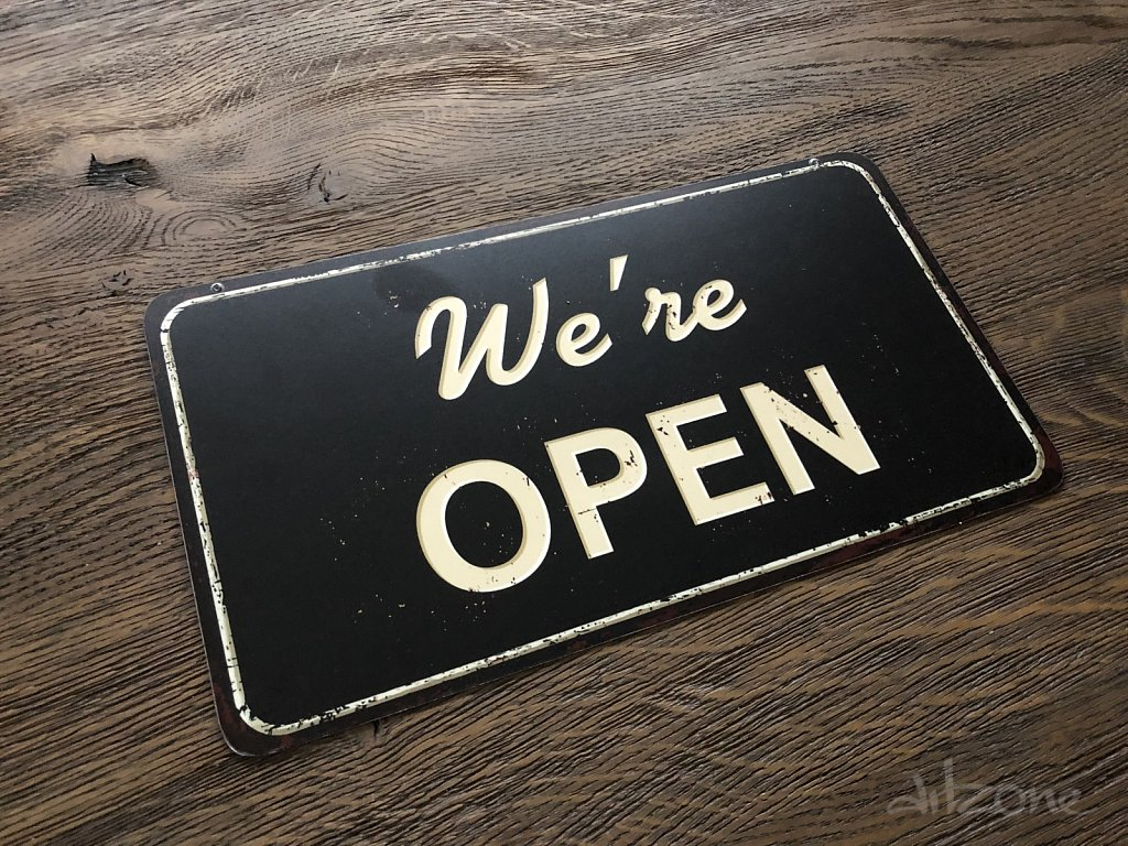open-closed-hanging-sign-3.jpg